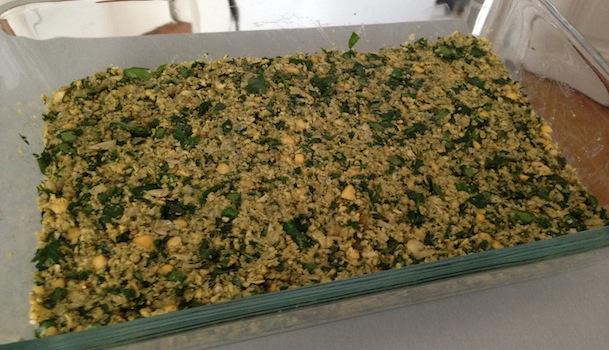 mélange pois chiches et herbes épices