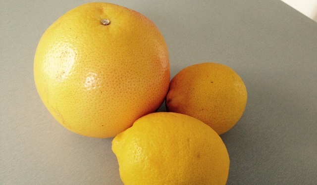 citrons et pamplemouse pour tarte