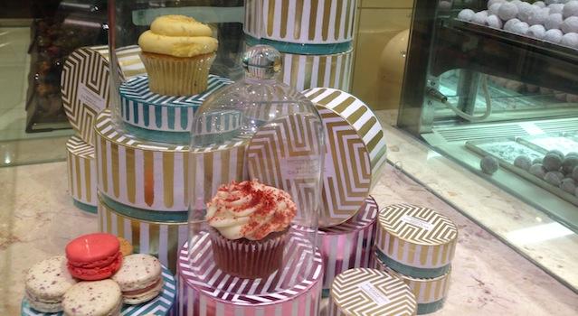 cupcakes sous cloche