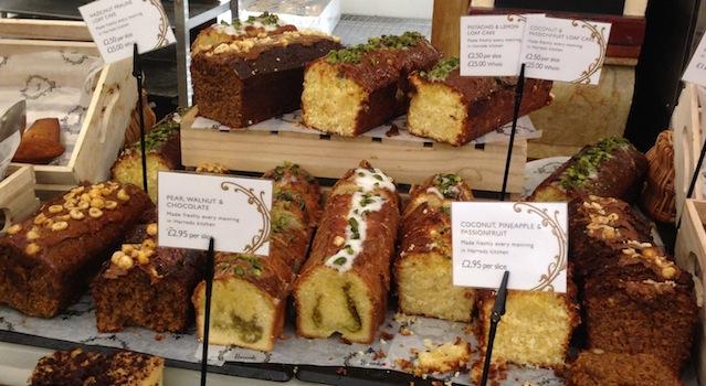 sélection de cakes par harrods