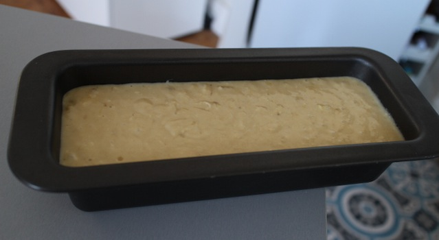 bananabread prêt à cuire - banana bread moelleux glaçage au sirop d'erable et noix de pecan