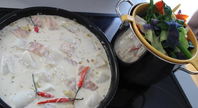 cuisson du poisson dans le lait de coco - Cabillaud au lait de coco et parfums asiatiques