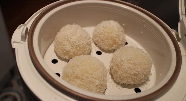 les perles de coco cuites à la vapeur - perles de coco au rice cooker