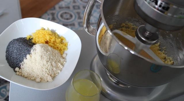 mélange d'amandes pavot et zestes de citrons - Cake énergisant citron - pavot