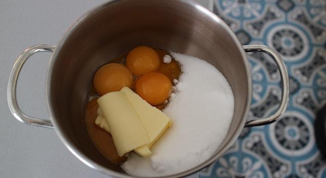 rassembler les ingrédients dans une casserole - Lemon curd maison