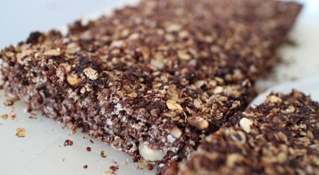 texture moelleuse et croquante - Barres de céréales maison Coco-Choco-Noisettes