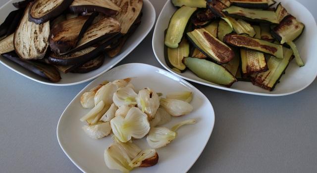 aubergines oignons courgettes grillés - Lasagnes du soleil végétariennes