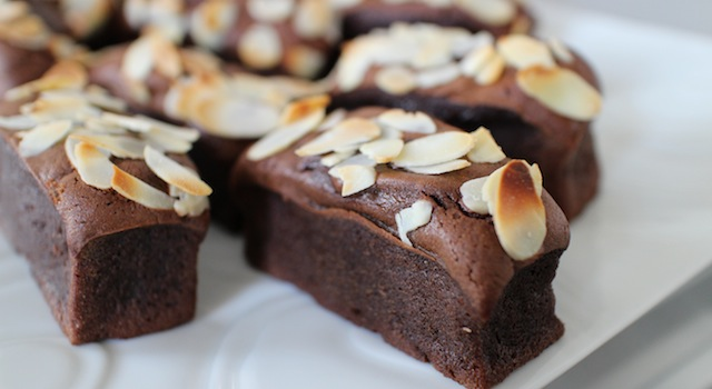 mini gateaux moelleux délicieux - Gâteau extra fondant au chocolat et avocat