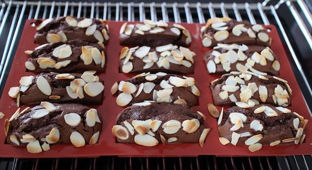 sortir les moelleux bien gonglés - Gâteau extra fondant au chocolat et avocat