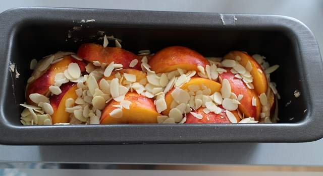 supperposer les couches - Cake aux nectarines a l'indice glycémique bas