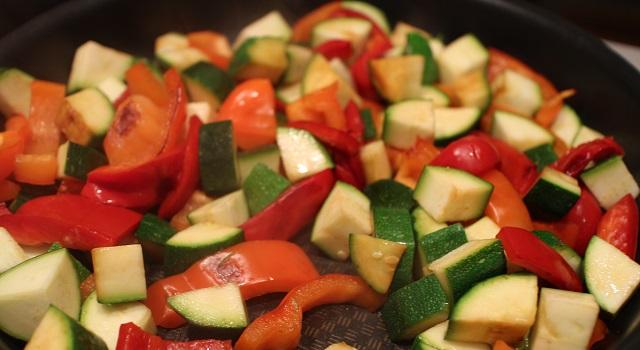 cuisson du faux wok de légumes - Curry sexy cabillaud, coco, piment