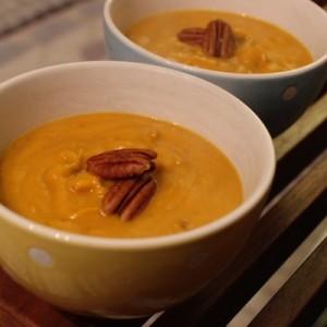 Soupe de potimarron aux noix de pecan maison recette délicieuse facile