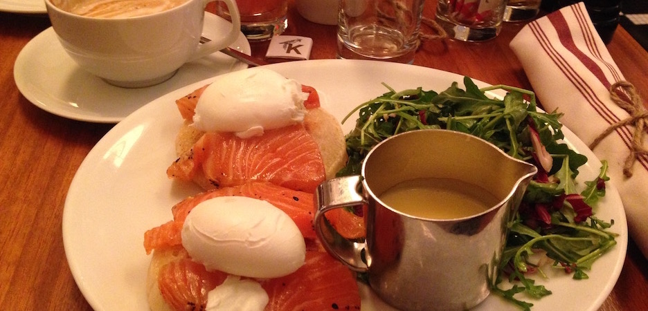 egg benedict au saumon et salade de roquette - Pont de Brooklyn Manhattan New-York Foodie - le voyage gastronomique