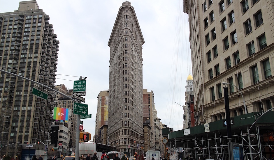 flat iron building à visiter en hotel - Pont de Brooklyn Manhattan New-York Foodie - le voyage gastronomique