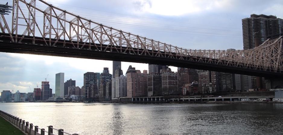le téléphérique des séries américaines - Pont de Brooklyn Manhattan New-York Foodie - le voyage gastronomique