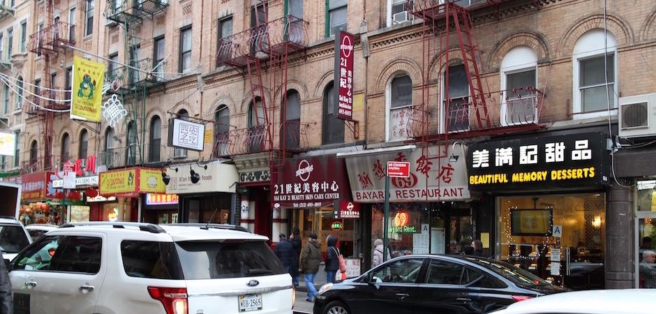 rue commerçante de chinatown - Pont de Brooklyn Manhattan New-York Foodie - le voyage gastronomique