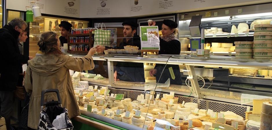 fromager vintage de qualité - Le marché de Talensac - la visite foodie à Nantes