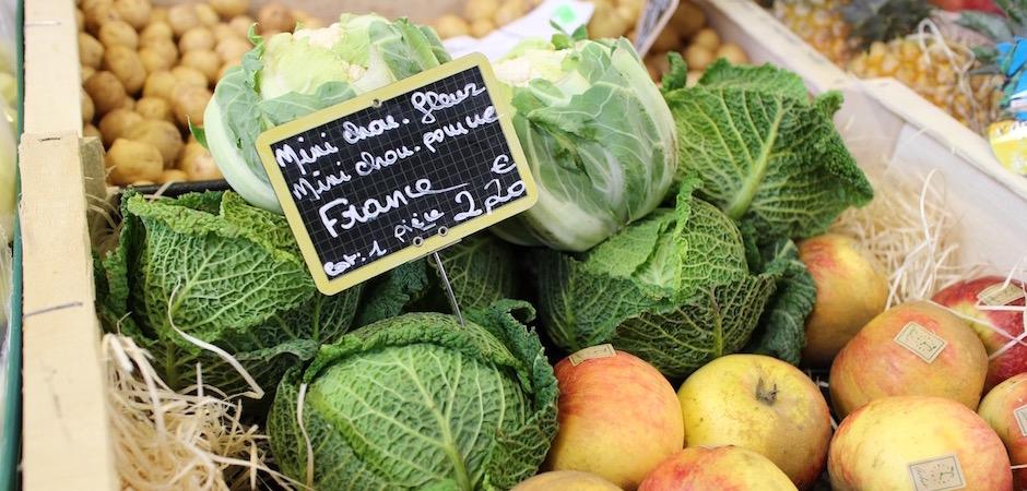 légumes frais traditionnels hiver - Le marché de Talensac - la visite foodie à Nantes