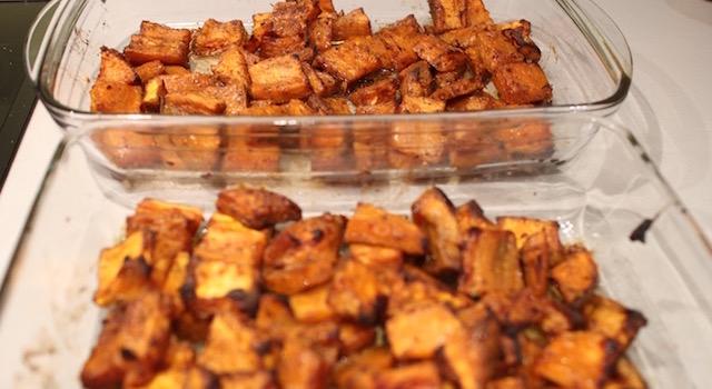 les potatoes ont bien réduit - Potatoes de patates douces à la jamaïcaine