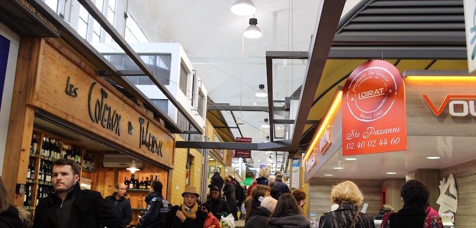 marché traditionnel couvert - Le marché de Talensac - la visite foodie à Nantes