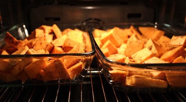 mettre les potatoes à cuire au four - Potatoes de patates douces à la jamaïcaine