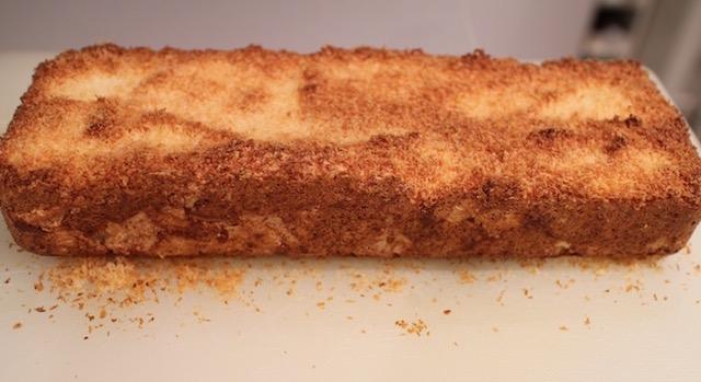 démouler le cake - recette Gâteau nuage de coco