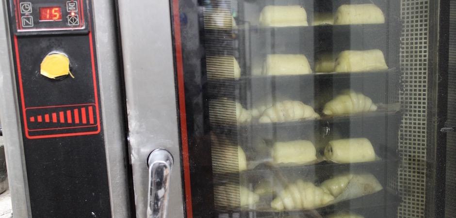 cuisson des croissants et pain au chocolat - Le pain, Anthony Bosson, L'Essentiel et la fête des pains
