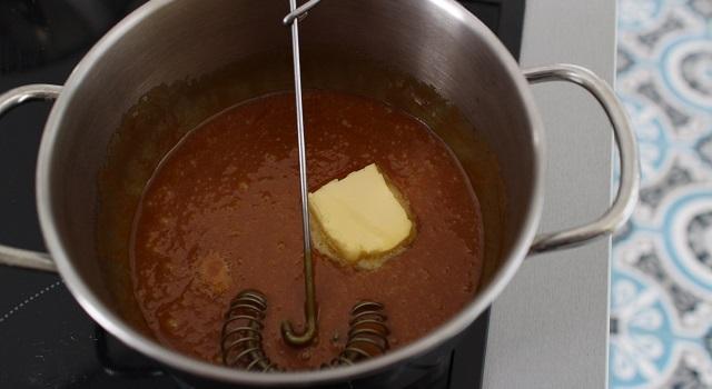 incorporer le beurre - Muffins banane pecan cœur caramel beurre salé