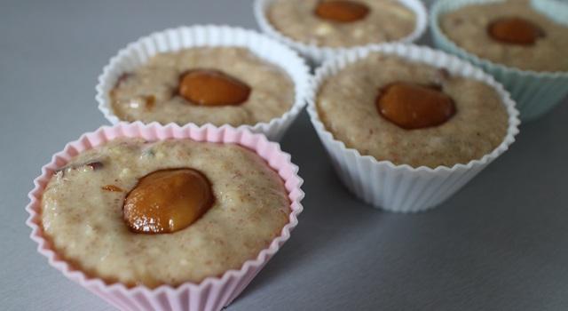 placer une boule de caramel au coeur du gateau - Muffins banane pecan cœur caramel beurre salé
