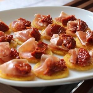 Recette Toasts de polenta, parme, tomate séchée