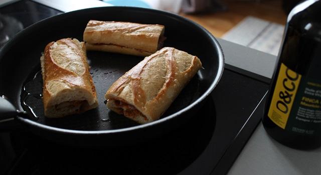 faire cuire les baguettes à la poele - Panini tramezzini baguette