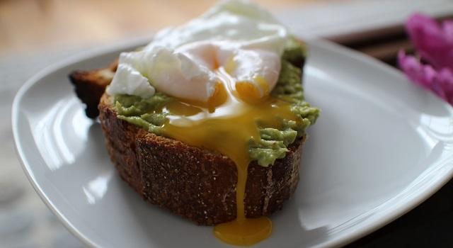succomber à l'avocado toast parfait