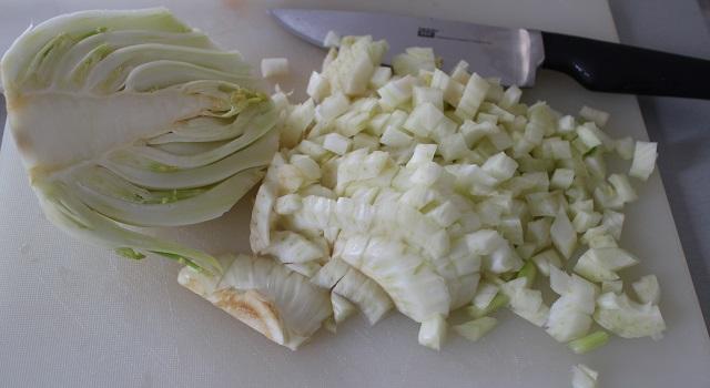 découper le fenouil - Salade de poulpe au citron confit