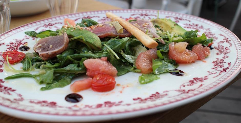 salade tonno - Restaurant Auteuil Brasserie mon QG de l'été