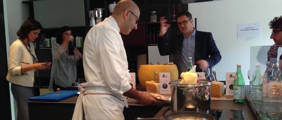 Chef Paolo Amadori Parmesan et jambon de Parme à l'Ambassade d'Italie