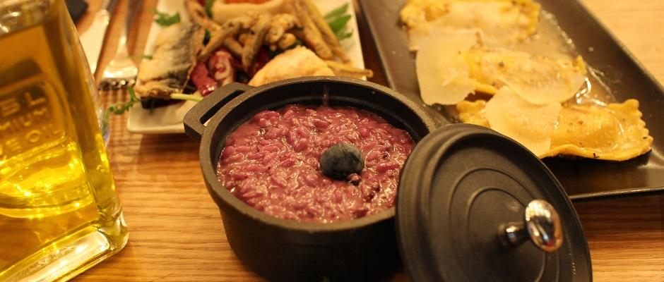 risotto-myrtilles-restaurant-kuccini-les-tapas-a-litalienne