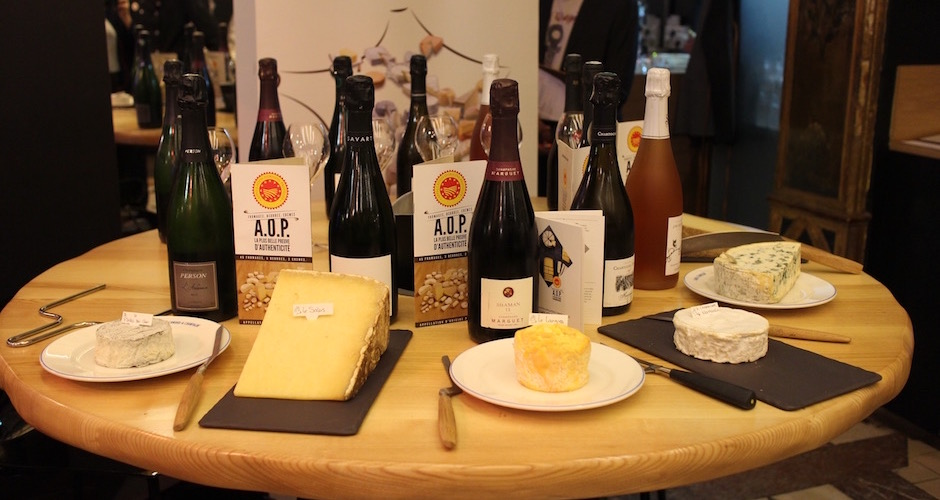 organisation-table-degustation-de-fromages-aop