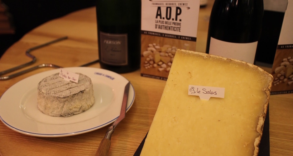 salers-degustation-de-fromages-aop-canard-et-champagne