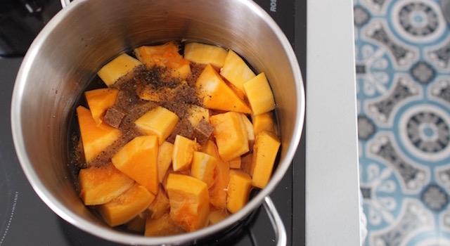 cuire-le-butternut-veloute-de-butternut-aux-marrons