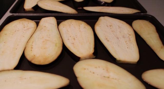 cuire les aubergines au four - Makis a l'italienne au jambon de parme