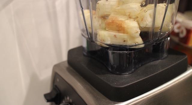 mixer l'ananas - Ananas moelleux en gâteau