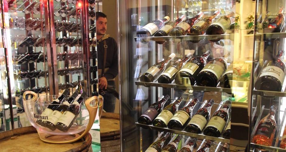 caviste de luxe - Visite guidée des halles de Lyon Paul Bocuse