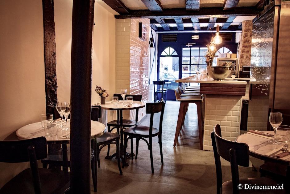 salle - Ostrea et Perdition bar à huitres et à cocktails