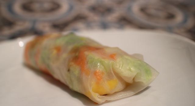 servir - Rouleaux de printemps mangue - crevettes - piri piri