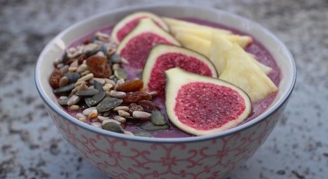 dresser - Açaï bowl de saison - mangue figues ananas