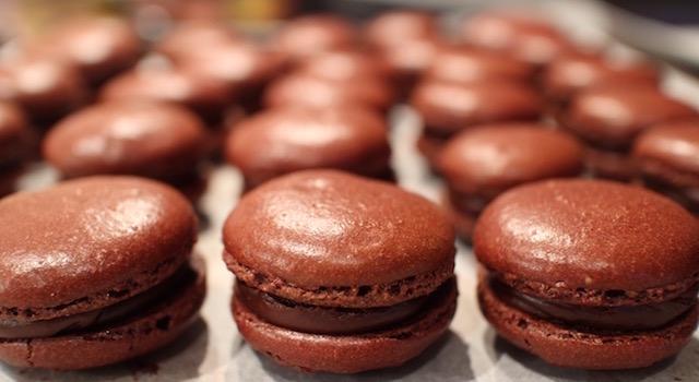 macarons remplis et garnis - Macarons au chocolat
