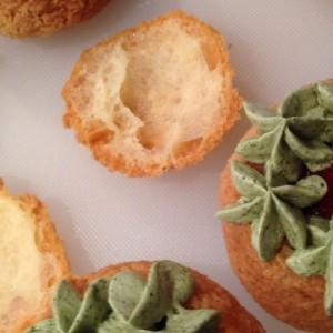 choux craquelins framboise et pistache
