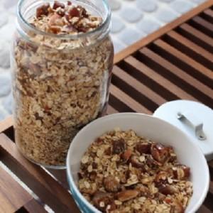 Recette du Granola aux dates, figues, pecan & amandes