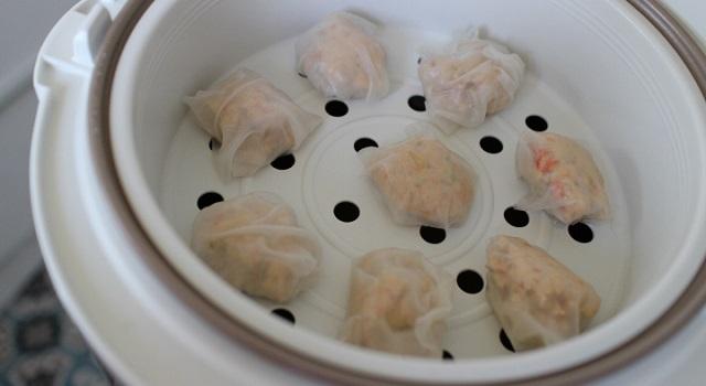 raviolis vapeur aux crevettes cuits au rice cooker - Ravioli vapeur aux crevettes express