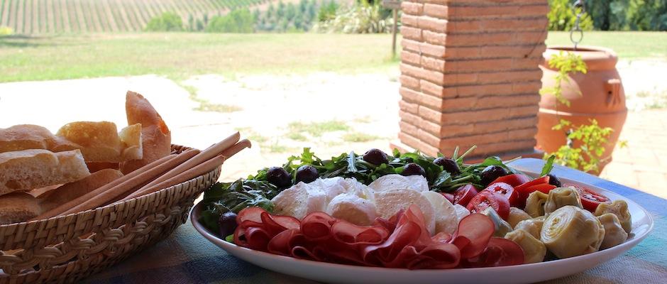 Antipasto toscano - une entrée italienne à partager